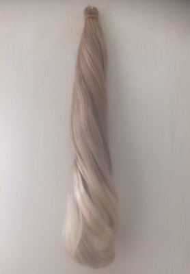 Mouna ponybis ca. 40 cm